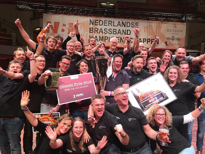 Brassband Schoonhoven uitzinnig na de winst