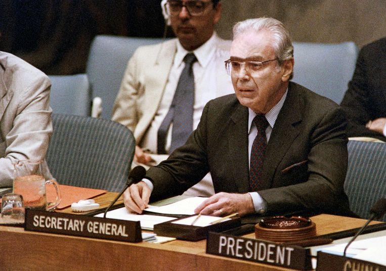 Archieffoto uit 1988, toen Javier Perez de Cuellar secretaris-generaal van de VN was. Beeld AFP