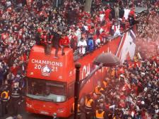 Botman, Burak en tienduizenden fans vieren groot kampioensfeest in Lille