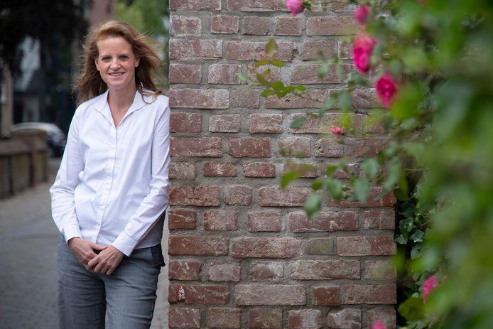 Sandra van der Zweep wil burgemeester van Kranenburg worden.