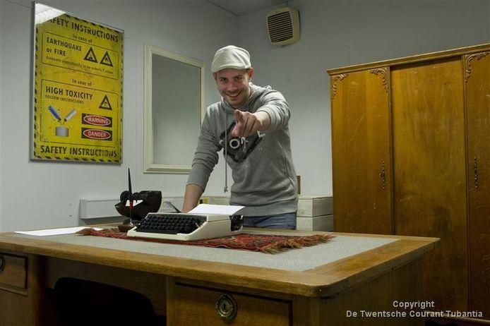 Steven Lugger in een van de escaperooms in de Performance Factory