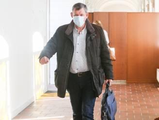 """ASSISEN. Vader van Sofie Muylle doet zaal breken met getuigenis: """"Ik kan mijn dochter niet loslaten"""""""
