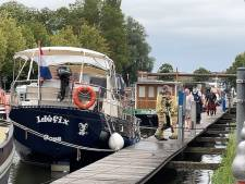 Brandweer rukt uit voor bootje dat dreigt te zinken