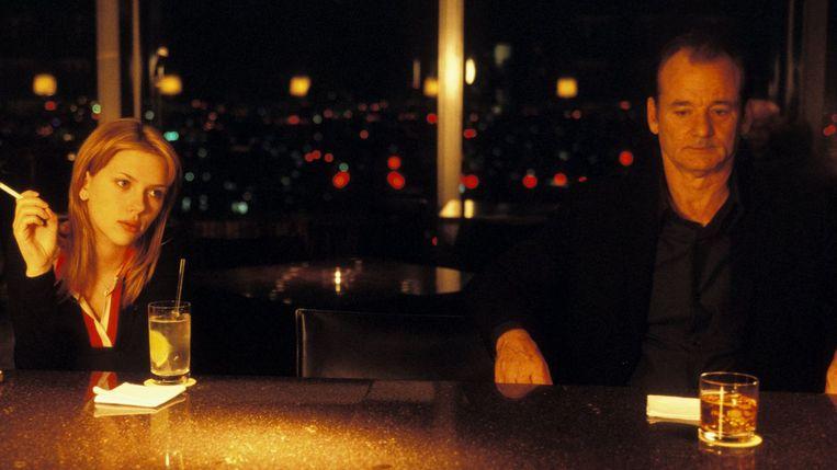 Scarlett Johansson en Bill Murray in Lost in Translation van Sofia Coppola Beeld x