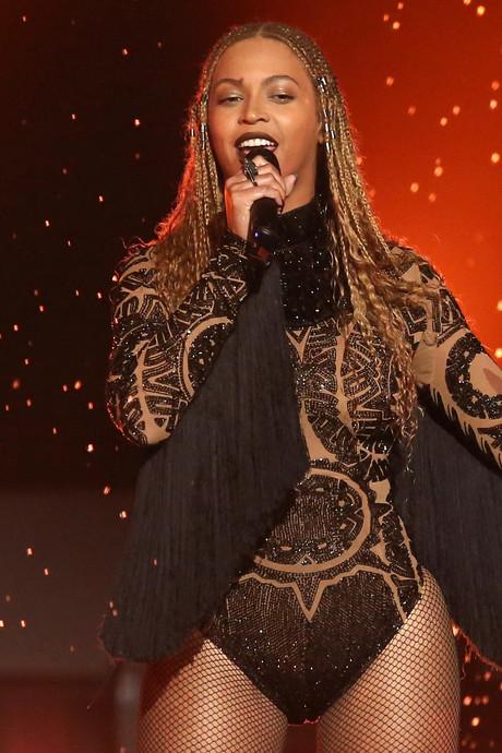 Wassen beeld Beyoncé aangepast na kritiek over huidskleur