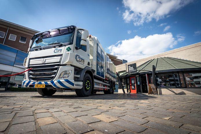 Ook in Zuidoost-Brabant wint waterstof voorzichtig terrein. Een voorbeeld daarvan is deze vuilniswagen die sinds april in gebruik is bij Baetsen/Cure.