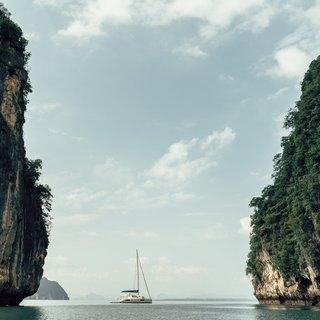 Als je zeilt in Thailand ben je zo alle besef van tijd kwijt