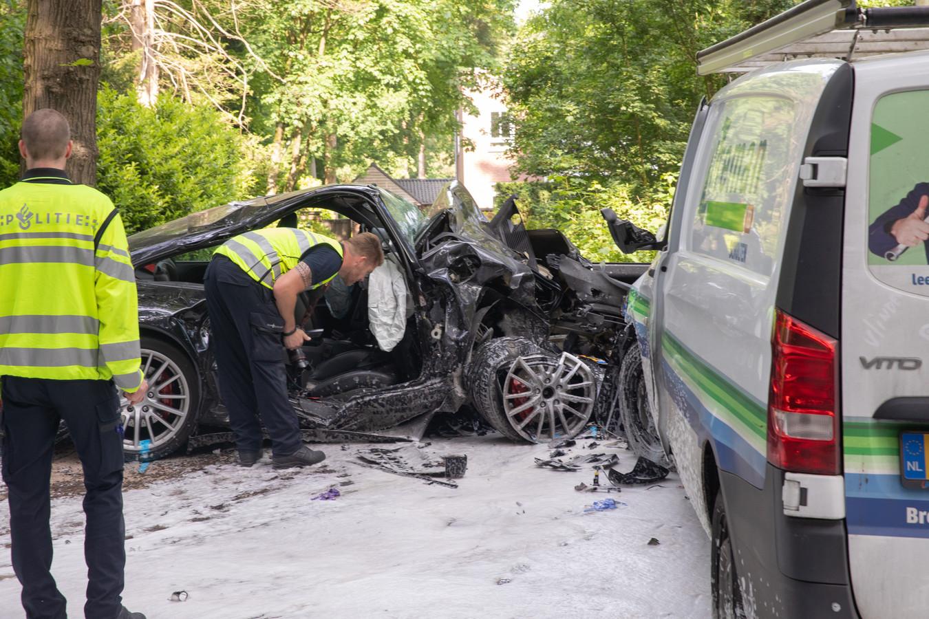 De crash vond plaats in een bocht tussen Soest en Soestduinen.