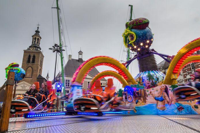De traditionele kermis in september in voorgaande jaren in Roosendaal. Onder welke condities die er  dit jaar gaat komen, is nog altijd een vraagteken.