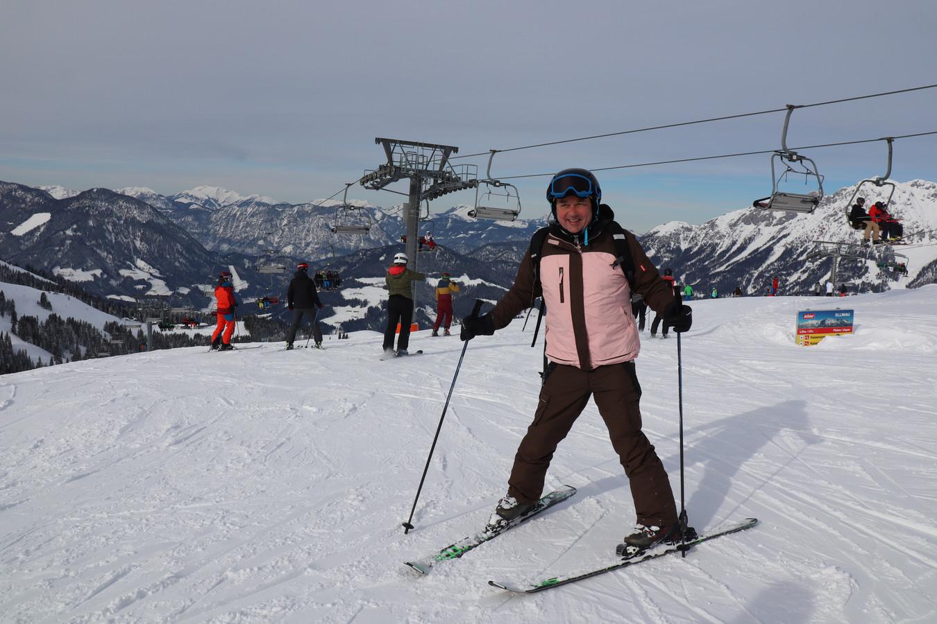 Mark Roos (50) neemt zijn eerste skilessen