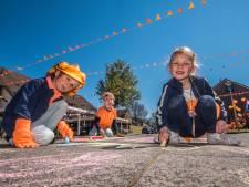 Deldense straten geven Koningsdag kleur
