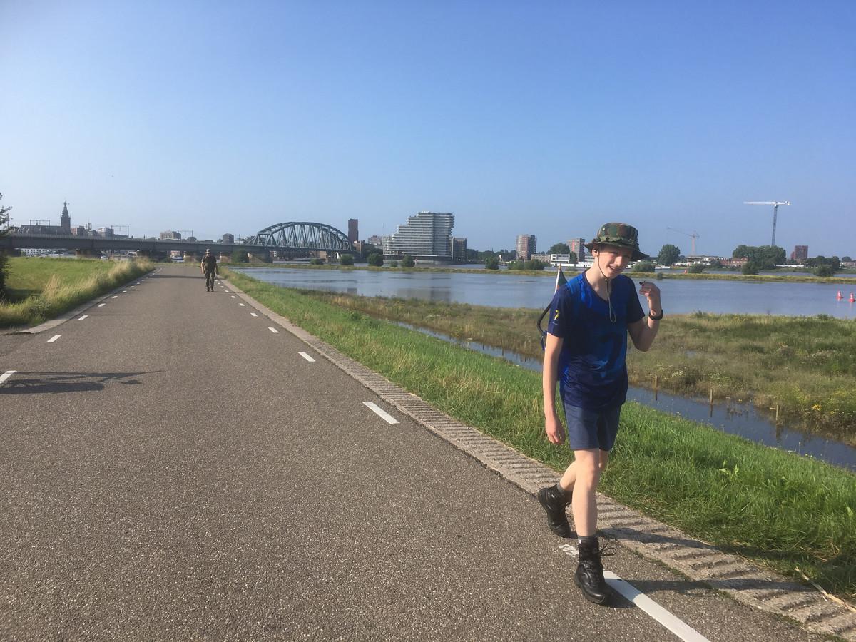 'Er blijken dus inderdaad talloze mensen te bestaan die op de derde dinsdag van juli ineens een onbedwingbare behoefte krijgen om precies veertig kilometer te gaan lopen.' Foto ter illustratie.
