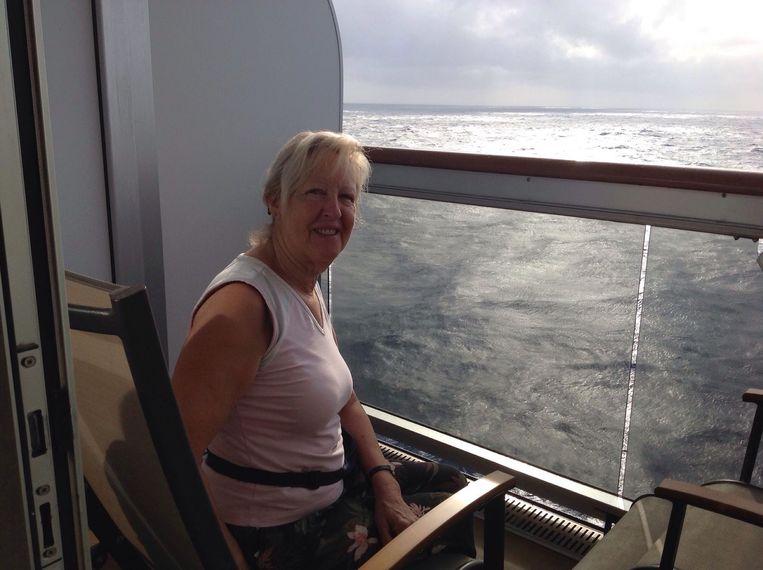 Jacqueline kan - ondanks alles - toch genieten van de cruise.