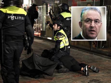 Burgemeester Aboutaleb na rellen: Geen gevoelige demonstraties meer 's avonds