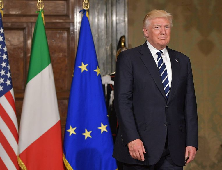 De Amerikaanse president Donald Trump in het Italiaanse presidentiële paleis. Beeld AFP