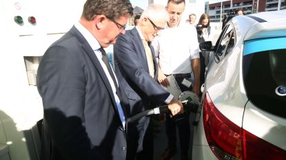 Europese primeur: waterstof tanken bij Colruyt