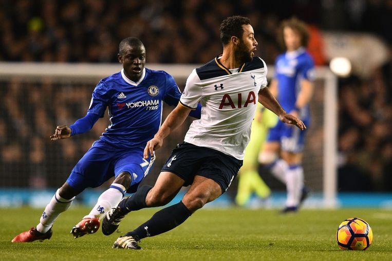 Kanté wist geen raad met de beresterke Dembélé, die in de tweede helft dan ook terecht een applauswissel kreeg. Beeld AFP