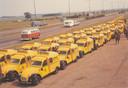 Knalgele Lelijke Eendjes: een vloot Citroën 2CV's van de Wegenwacht in de jaren 50.