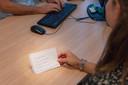 Huisartsen van de SGE Gezonheidscentra zien veel mensen op hun spreekuur die op een boodschappenbriefje klachten hebben genoteerd die zij in coronatijd hebben 'opgespaard'.