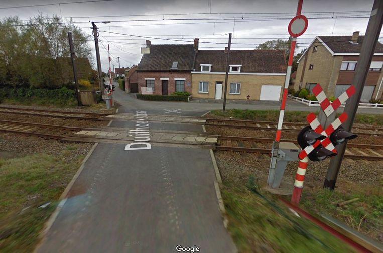 De overweg aan de Duifhoekstraat wordt afgeschaft