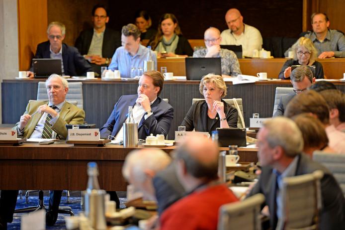 De laatste vergadering van de gemeenteraad van Enschede in de huidige samenstelling was een lange.