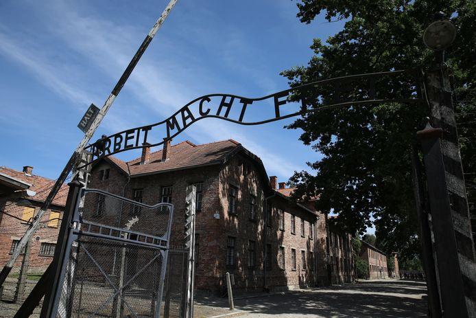 Op 2 augustus 1944 werden duizenden Roma's en Sinti's in de gaskamers in Auschwitz vermoord.