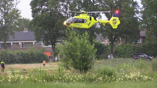 De traumahelikopter landt in Overdinkel