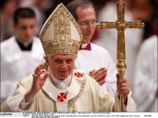 Des milliers de manifestants contre la visite de Benoît XVI