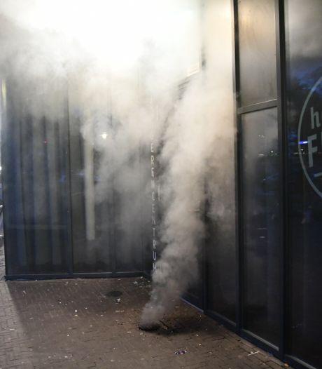 Veel rook door brand in put in Vroomshoop