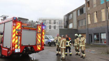 Kraker veroorzaakt brand in leegstaand appartementsgebouw
