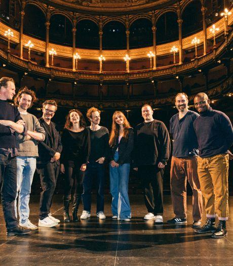 """""""Outsiders worden insiders"""": nieuwe artistieke leiding Toneelhuis gaat voor jonger en diverser"""