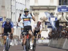 Sven Nys geniet: zoon Thibau (18) verrast met Europese titel op de weg bij beloften