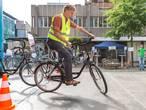 Wie is de langzaamste fietser van Zwolle?