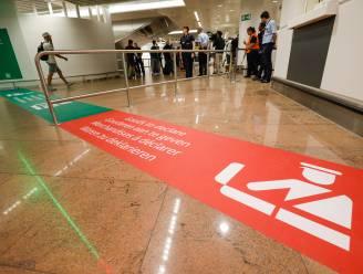 """Vrouw smokkelt jongen (4) via luchthaven ons land in: """"Ze deed het om te helpen"""""""