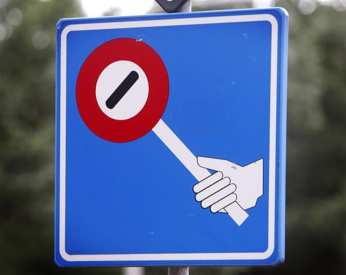 Er zijn ouders nodig om het verkeer te regelen. Foto: ANP