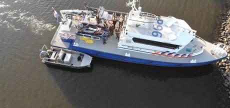 Snelheidsduivels op speedboten door Biesbosch en zuippartijen: recordaantal waterboetes tijdens coronazomer