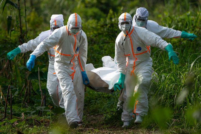 Gezondheidsmedewerkers die strijden tegen ebola in Congo.