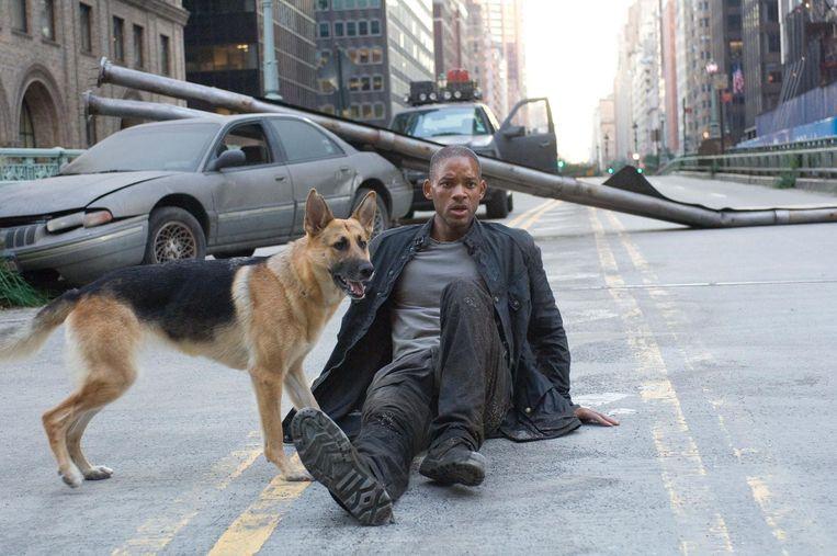 Will Smith en Samantha in I Am Legend. Beeld