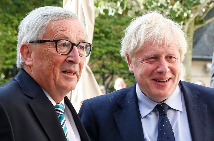 """""""Europa verliest nooit zijn geduld"""", verklaarde Juncker alvast vooraf aan de werklunch. Op de vraag of hij optimistisch gestemd is, zei Johnson dan weer dat hij """"voorzichtig, gewoon voorzichtig"""" blijft."""