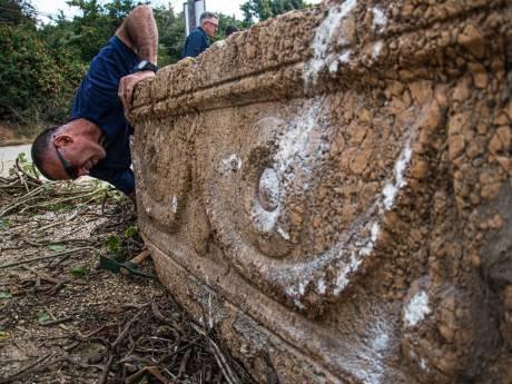 Des sarcophages romains oubliés redécouverts sur un chantier de Tel-Aviv
