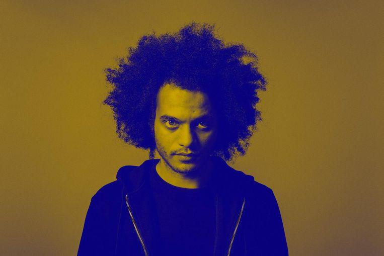 'Op zijn nieuwe plaat Devil is Fine staan een paar tracks waarvan je nekharen overeind gaan staan.' Beeld