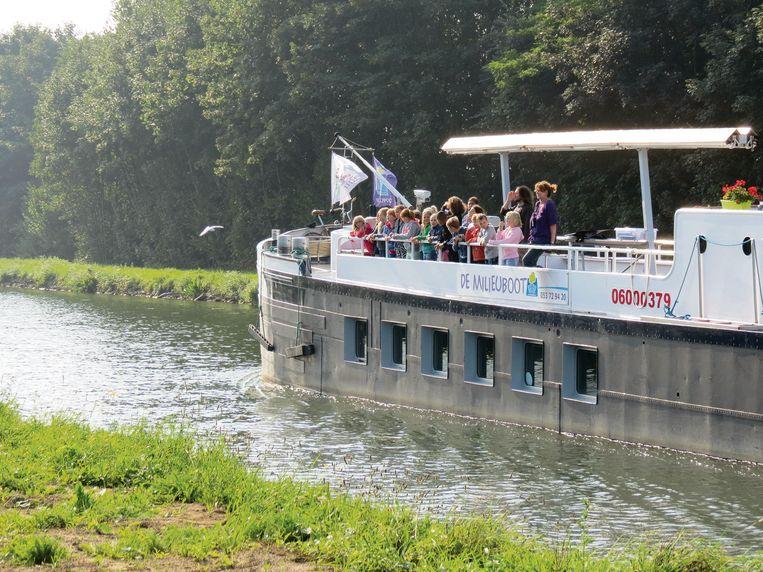 De Milieuboot vaart weer uit na vier jaar.