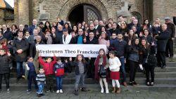 """Syrische christenen in Heilig Hartkerk: """"Theo Francken blijft voor ons een heilige. Sint Theo"""""""