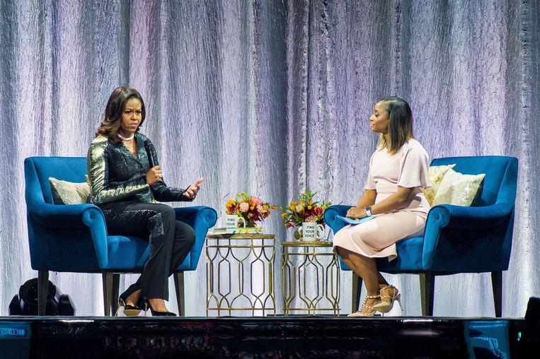 Voormalige first lady Michelle Obama in gesprek over 'Becoming' in de Amsterdamse Ziggo Dome. Beeld Photo News