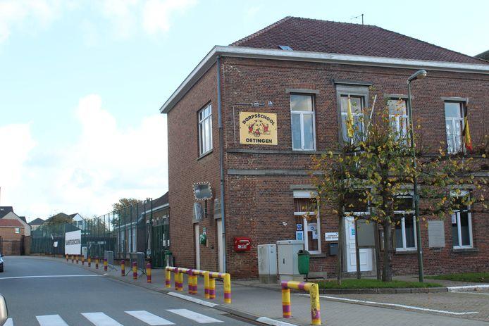 De gemeentelijke Lagere School De Oester in Oetingen wordt binnenkort omgevormd tot STEAM Academy.