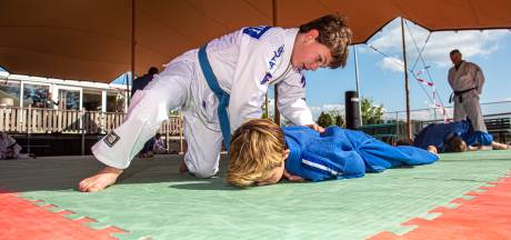 Theo Meijer teleurgesteld dat sportschool pas op 1 september open mag: 'Onmogelijk besluit'