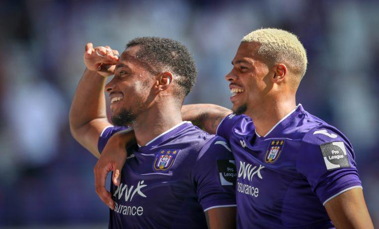 De twee doelpuntenmakers: Murillo en Nmecha. Beeld BELGA