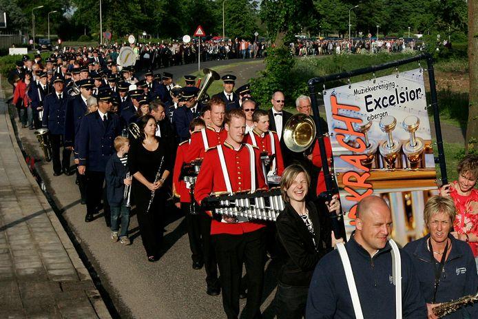 In 2010 demonsteerden Berkellandse muziekverenigingen tegen de bezuinigingen op cultuur. Nu moet de sector opnieuwe flink inleveren.