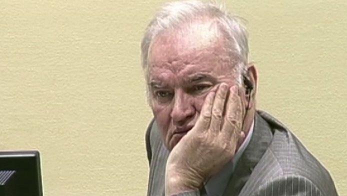 Ratko Mladic tijdens een van de hoorzittingen van het Joegoslavië-Tribunaal.
