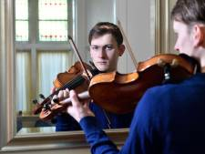 Valentino (19) raakte zijn viool kwijt in de trein en hoe hij 'm terugvond, is een bijzonder verhaal